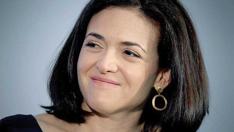 """เชอรีล หญิงเก่ง เบอร์ 2 ของเฟซบุ๊ก ยอมรับ""""ยาก""""ที่ผู้หญิงจะรุ่งทั้งในและนอกบ้าน!!!"""